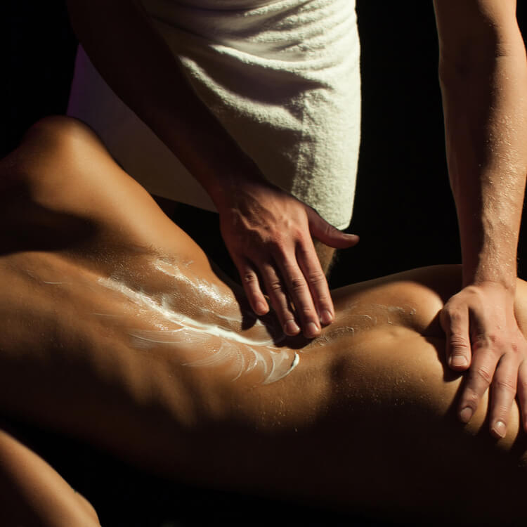 Police Swoop On Gold Coast Massage Parlours Suspected Of Offering Sex